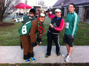 I'm betting on the right horse to win!  These ladies did the whole race in costume. Awesome.